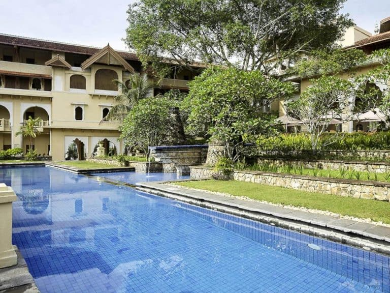 hotel Sumatra Bukittinggi piscine