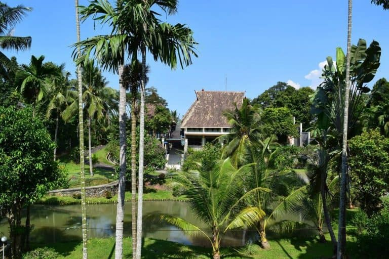 hotel Sumatra Medan jardin