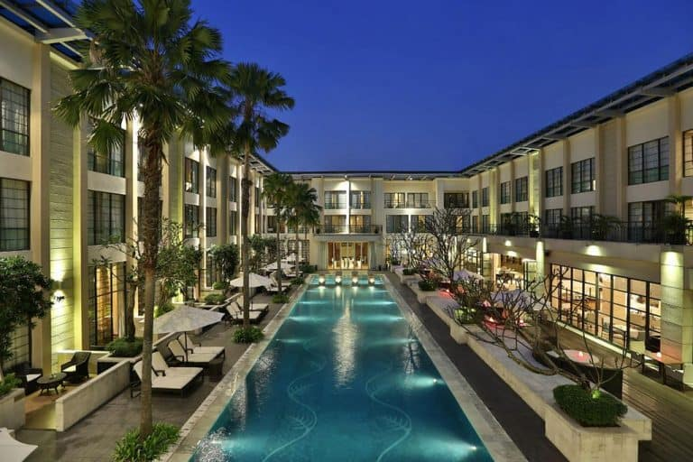 hotel Sumatra Medan piscine