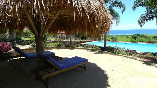 hotel Sumba Lamboya vue piscine