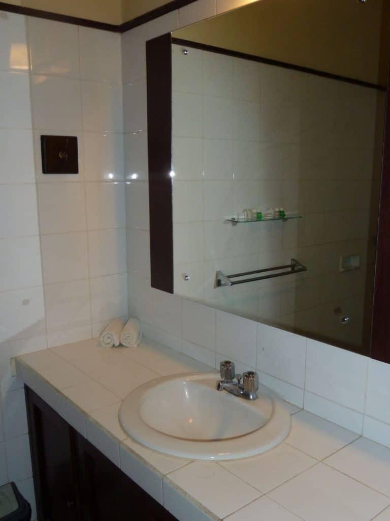 hotel Sumbawa Besar salle de bains