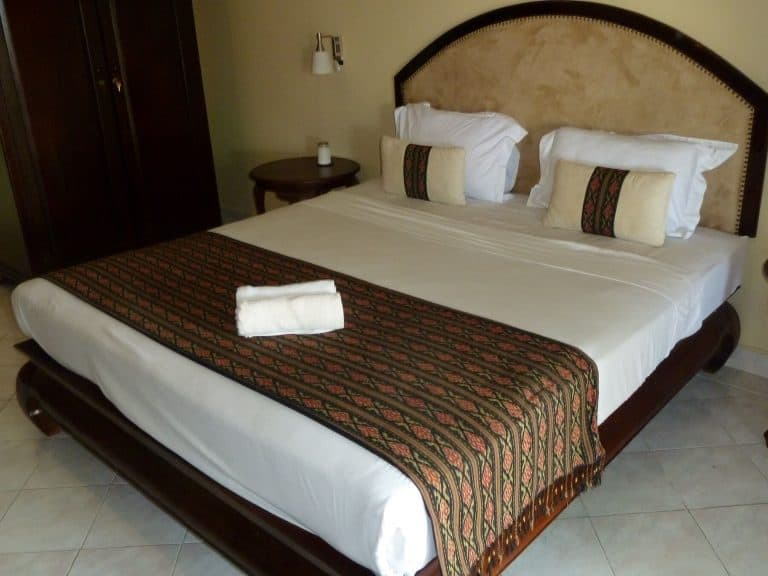 hotel Sumbawa Besar lit
