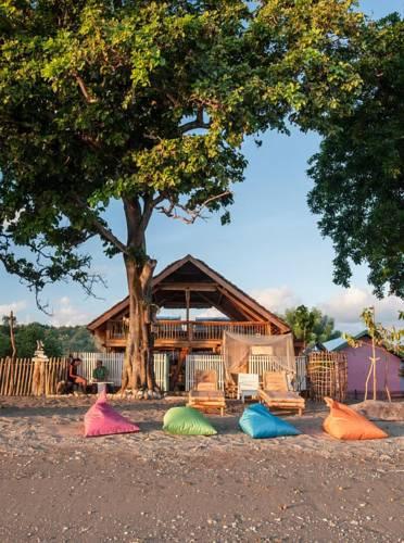 hotel Sumbawa Moyo plage