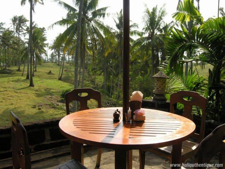 hotel surabrata indonésie terrasse