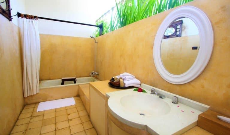hotel tugu blitar tugu suite salle de bains