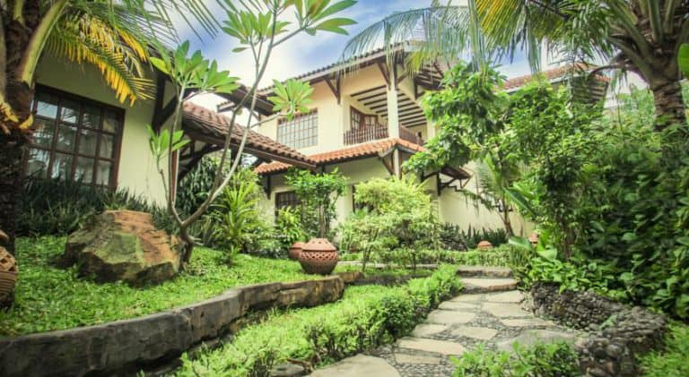 hotel yogyakarta indonésie complexe hôtelier