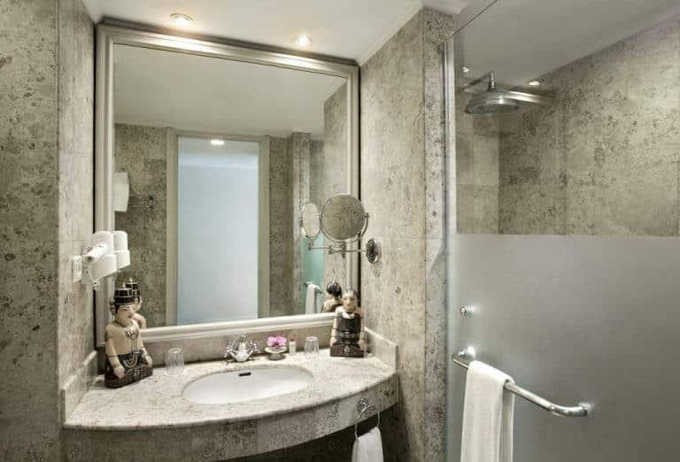 hotel yogyakarta indonésie salle de bain