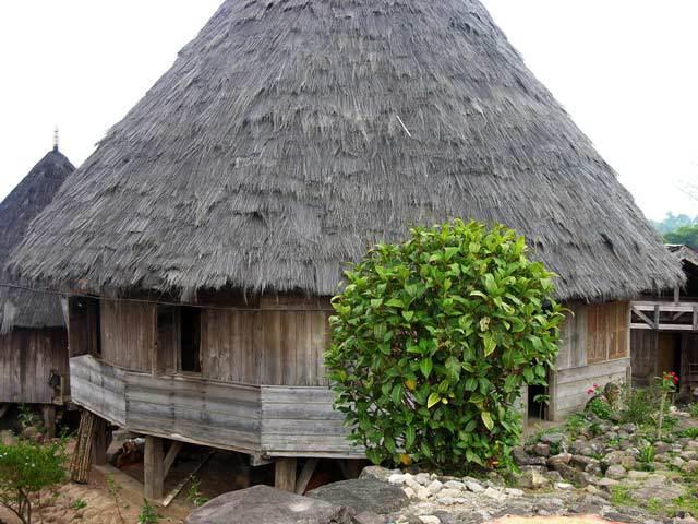 ile de flores decouverte village traditionnel