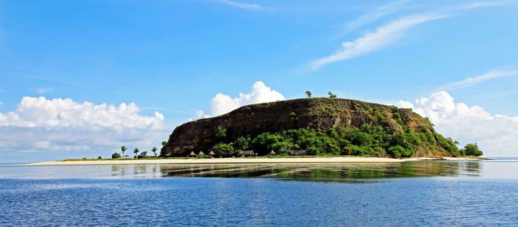 ile Flores Indonésie rocher mer