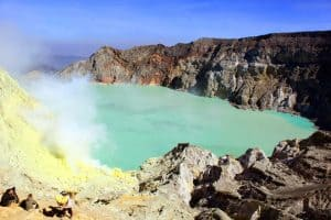 Java Ijen lake volcano Bali Authentique