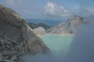 Java ijen volcano lake Bali Authentique