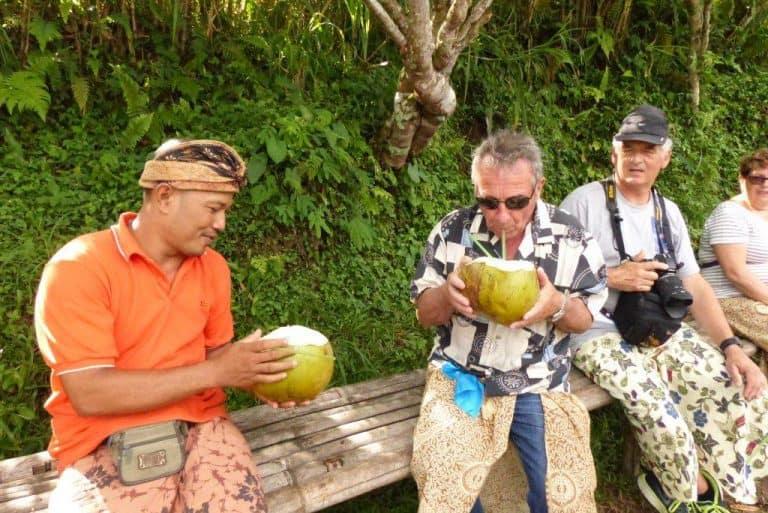 jus de noix de coco séjour indonésie