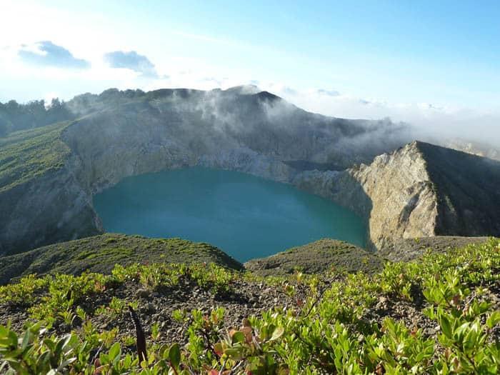 kelimutu volcan flores indonesie