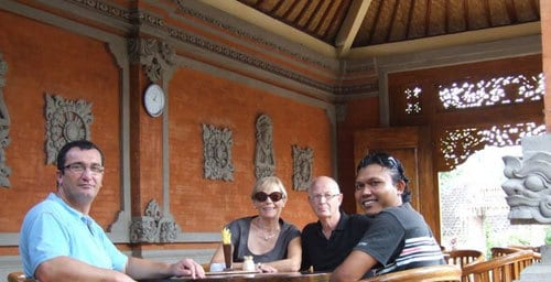 Komang Eper Guide Bali Authentique Client