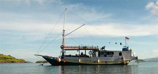 komodo croisière bateau pêcheur habitable mini croisière