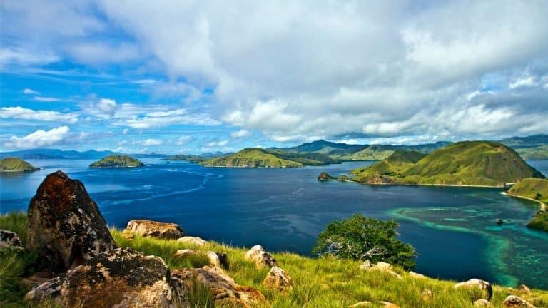 Komodo Flores paysage océan
