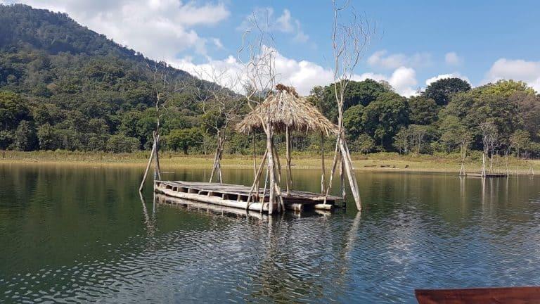 lac tamblingan bali indonesie
