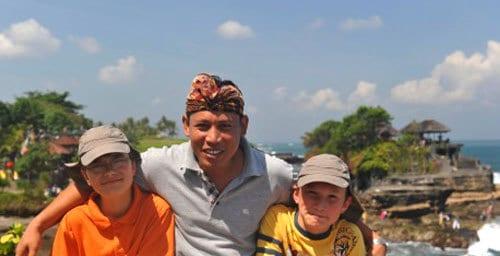 Latra Guide Bali Authentique Client