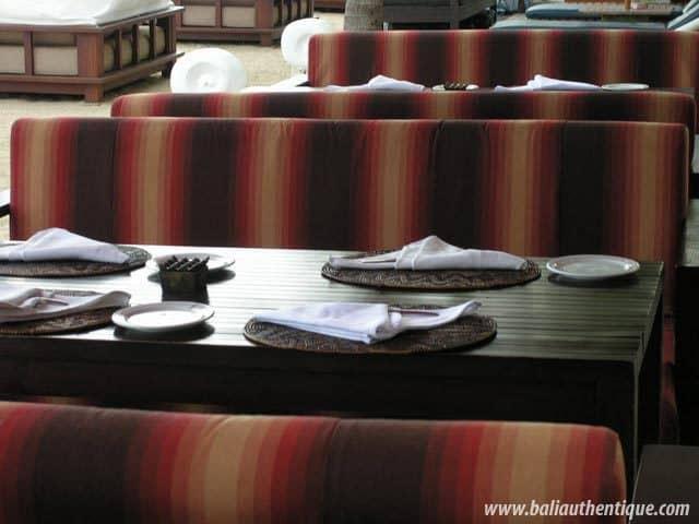 hotel bali sanur bord de mer restauran