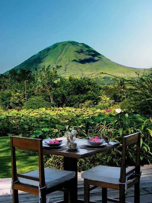vue volcan Lokon