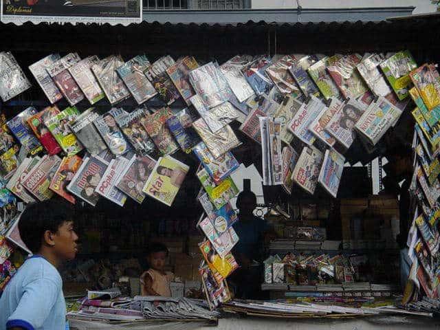 malioboro yogyakarta indonesie marchand journaux