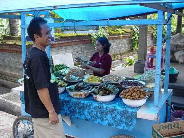 marché de gianyar bali indonésie stand