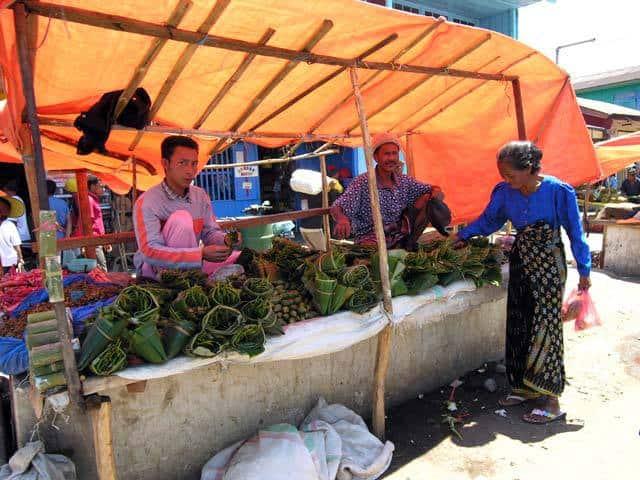 marché ile de flores indonesie