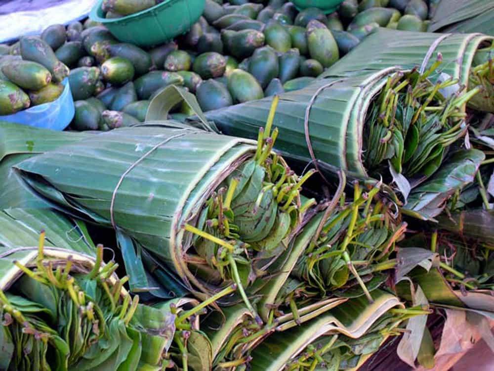 marché traditionnel ile flores indonesie