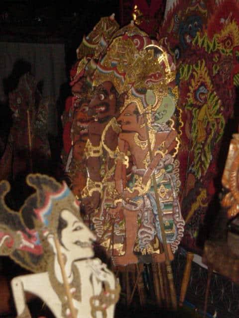marionnettes traditionnelles bali