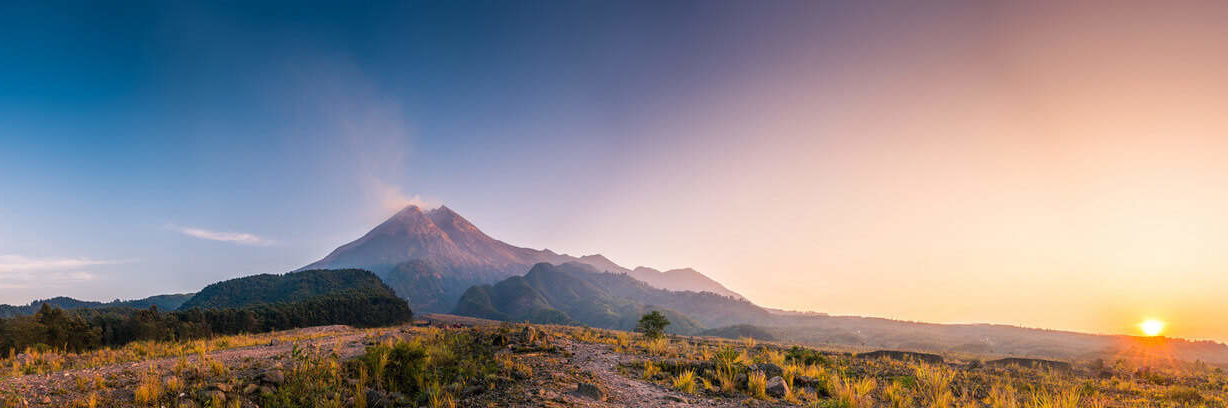 Merapi-volcan-eruption-Java