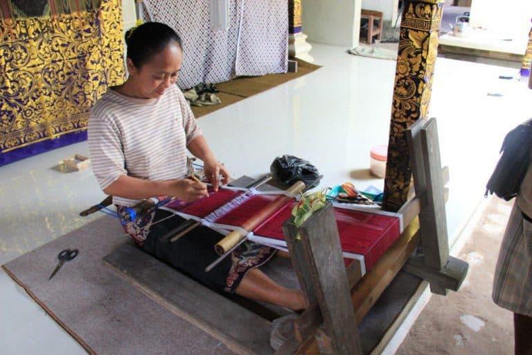 artisanat bali métier à tisser