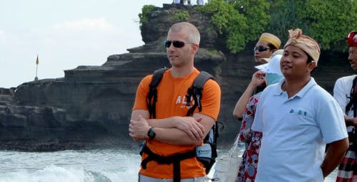 Nengah Guide Bali Authentique Client