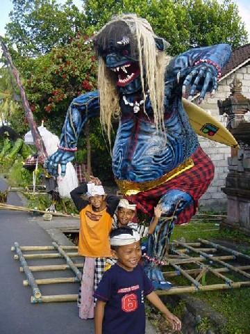 nyepi monstres ogoh ogoh tradition bali