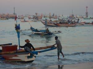 Amed bali pêcheurs indonésiens