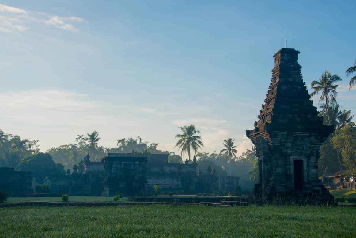 penataran temple java est culture visite panorama