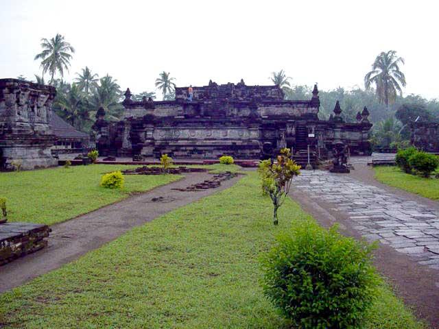 penataran temple java est decouverte