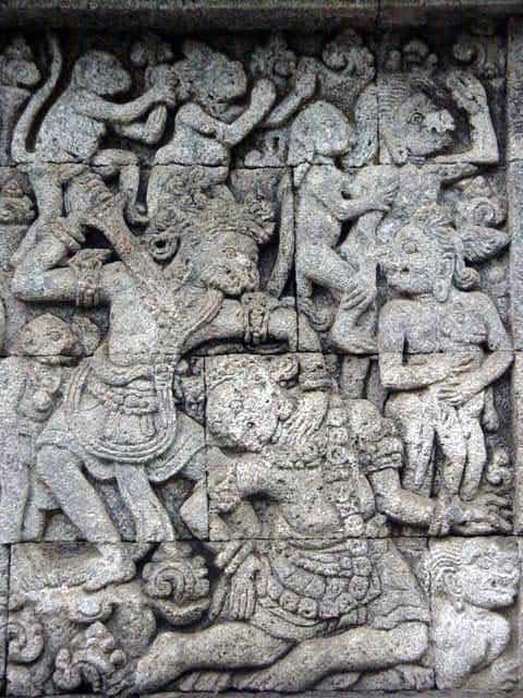penataran temple java est sculpture sur pierre