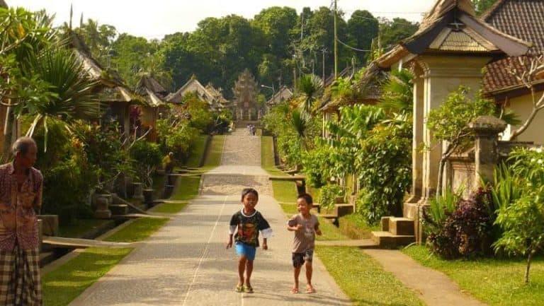 enfants Penglipuran Bali