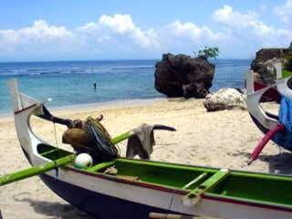 plage à bali indonésie paysage