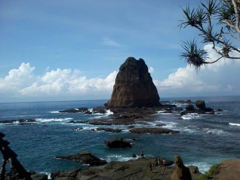 plage de papuma java est paysage panorama