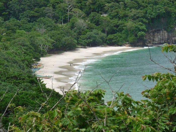 plage de papuma java est paysage vue panoramique