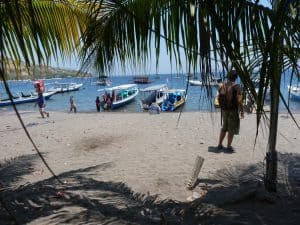lombok plage bateau croisière