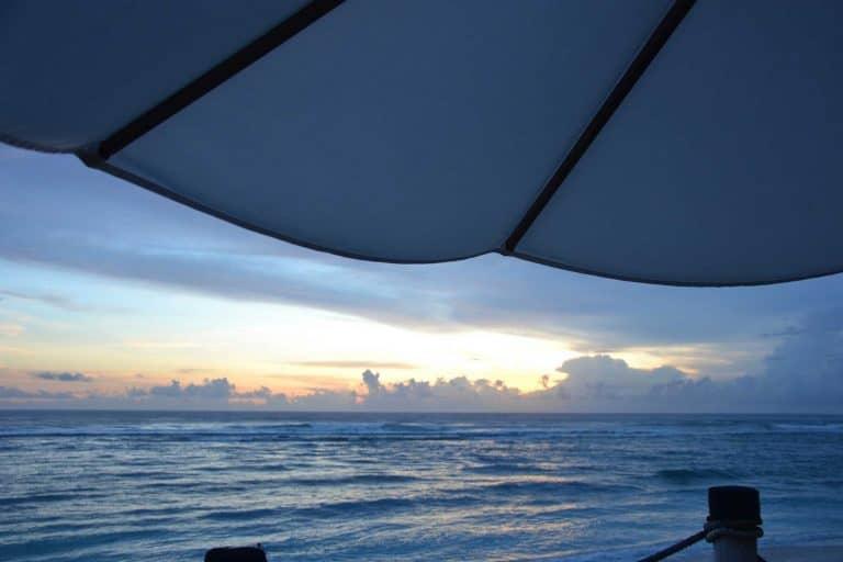 plage paradisiaque bali repos