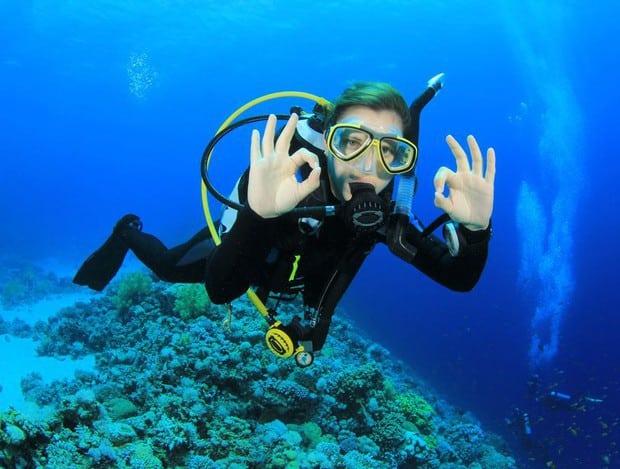 plongée sous marine indonésie komodo plongée bouteille