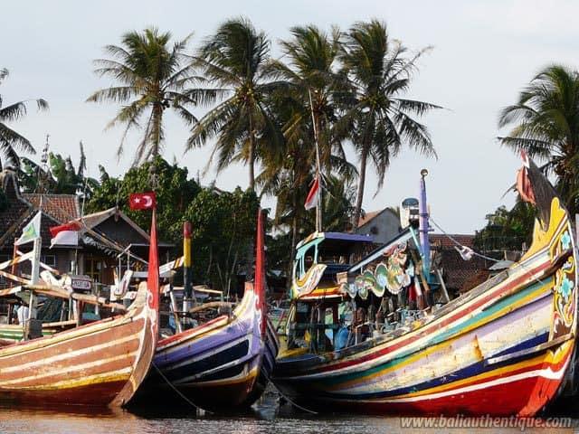 port peche jember java bateaux plages