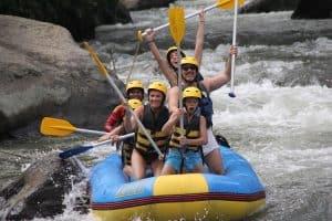 activité en famille bali rafting