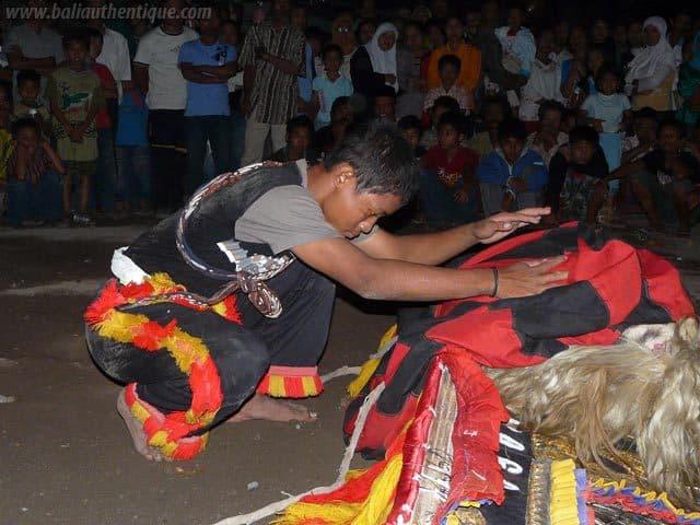 reog javanaise representation danse java indonesie