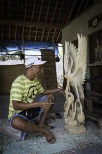 sculpture sur bois bali