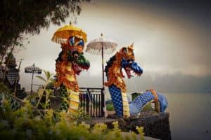 sculpture dragon eau bénite