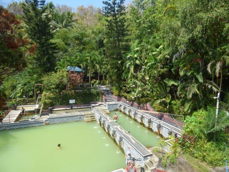 sources chaudes bali indonesie